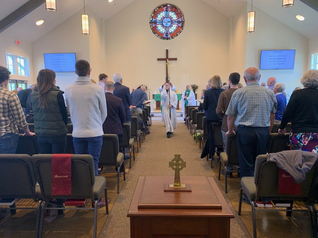 Worship at Holy Trinity Anglican Church